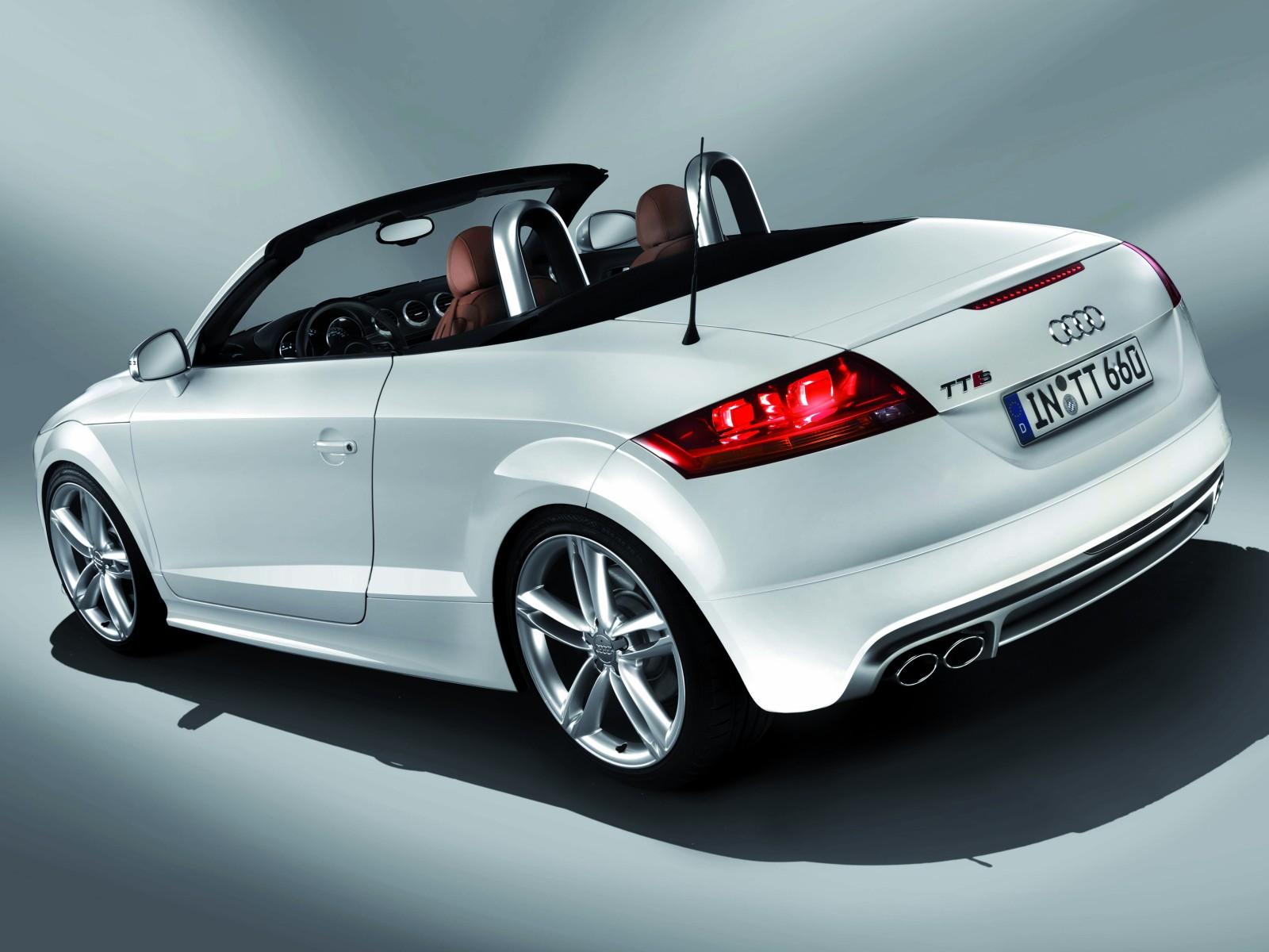 2009 Audi TTS   Motor Desktop