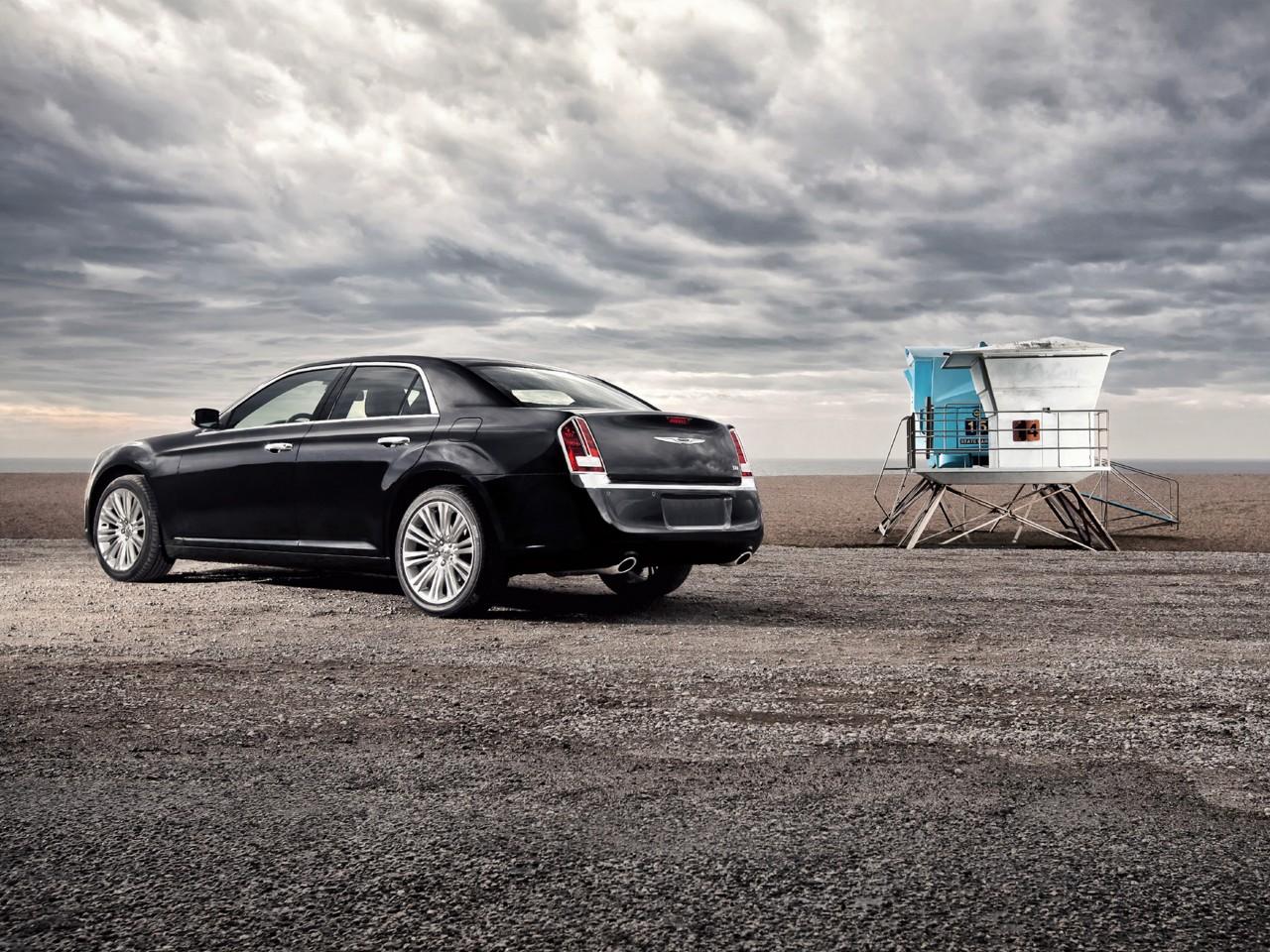 2011 Chrysler 300 Motor Desktop