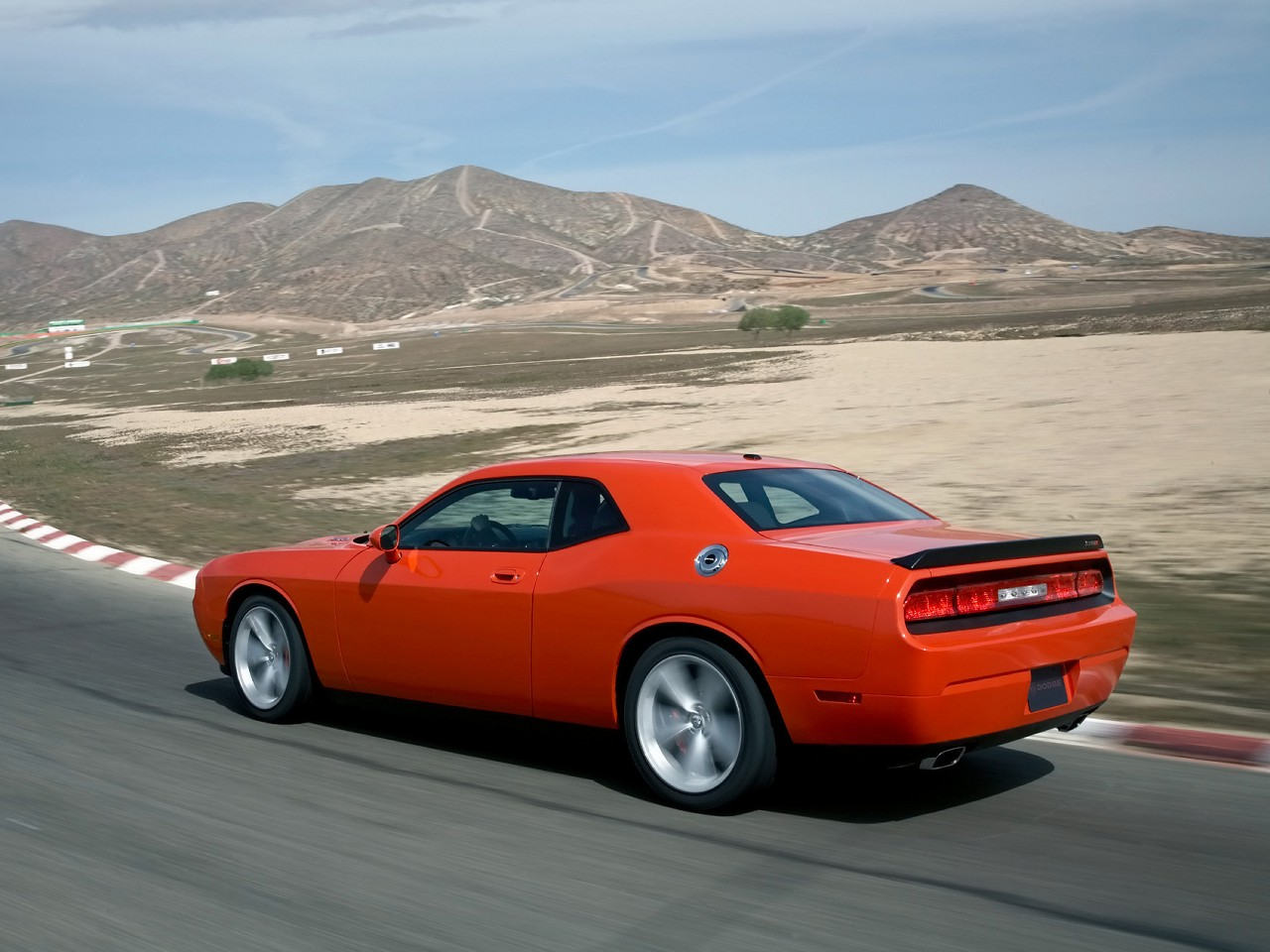 2010 Dodge Challenger Srt8 Technical Specifications And