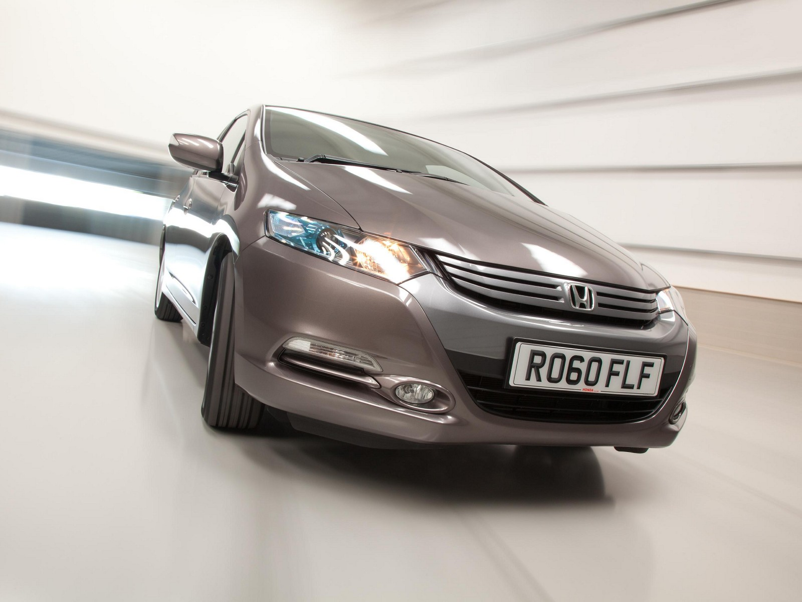Honda Civic Ima Es 4 Door Saloon Hybrid Electric In Aluminium Silver