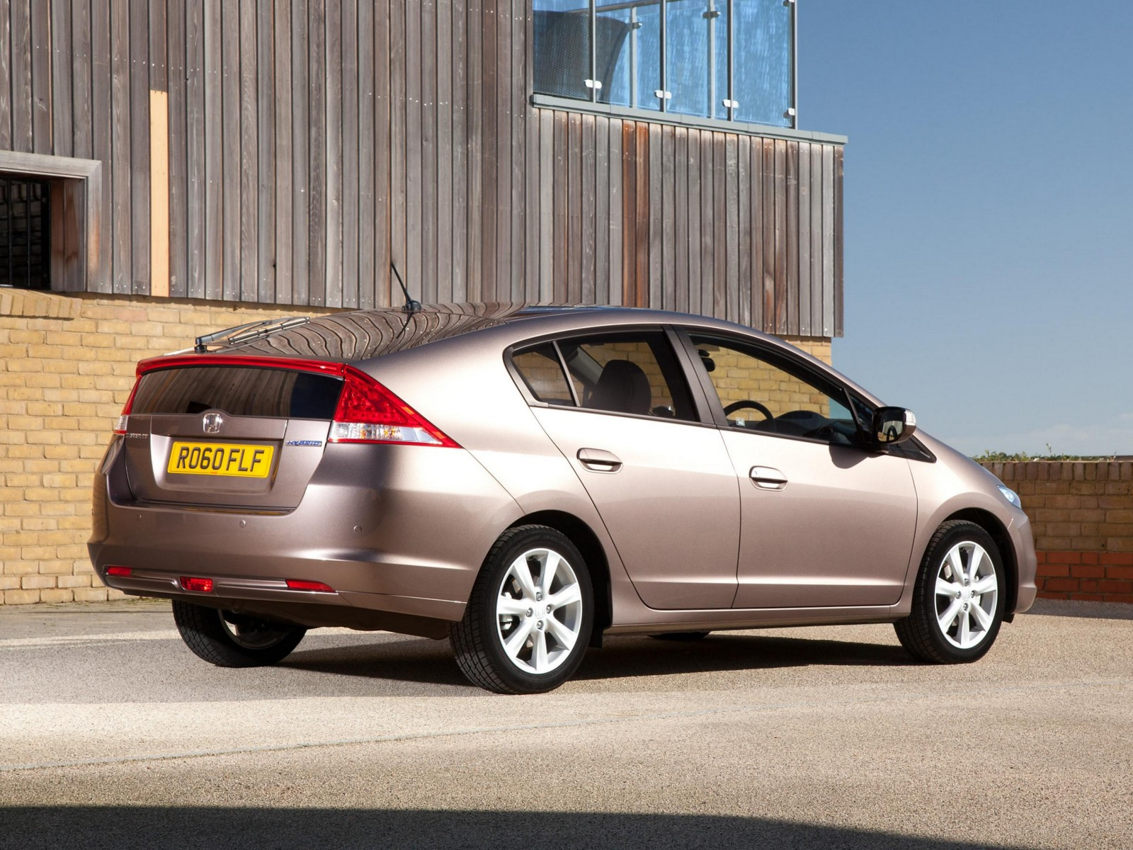 2011 Honda Insight | Motor Desktop