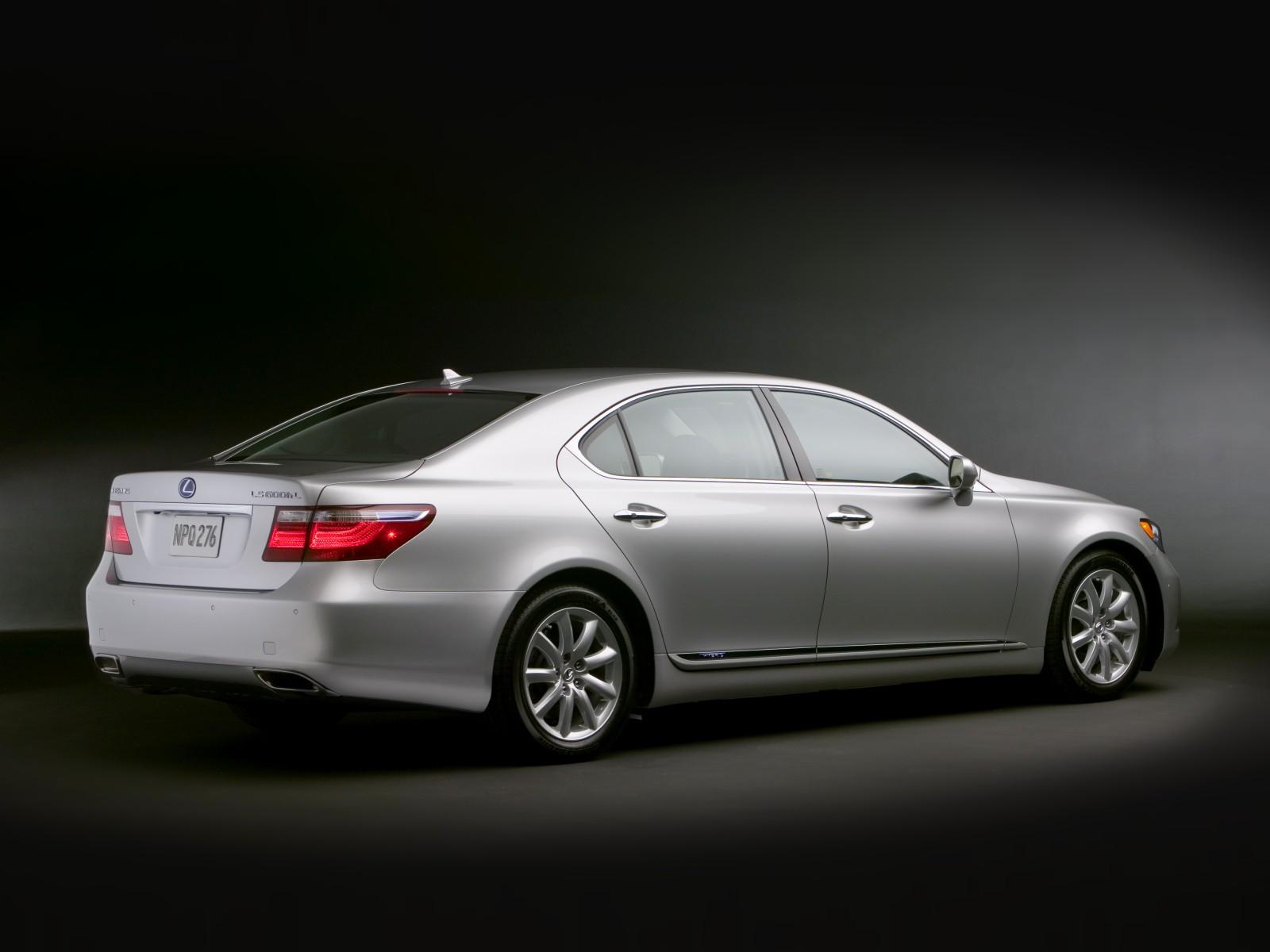 2009 Lexus LS 600h L | Motor Desktop