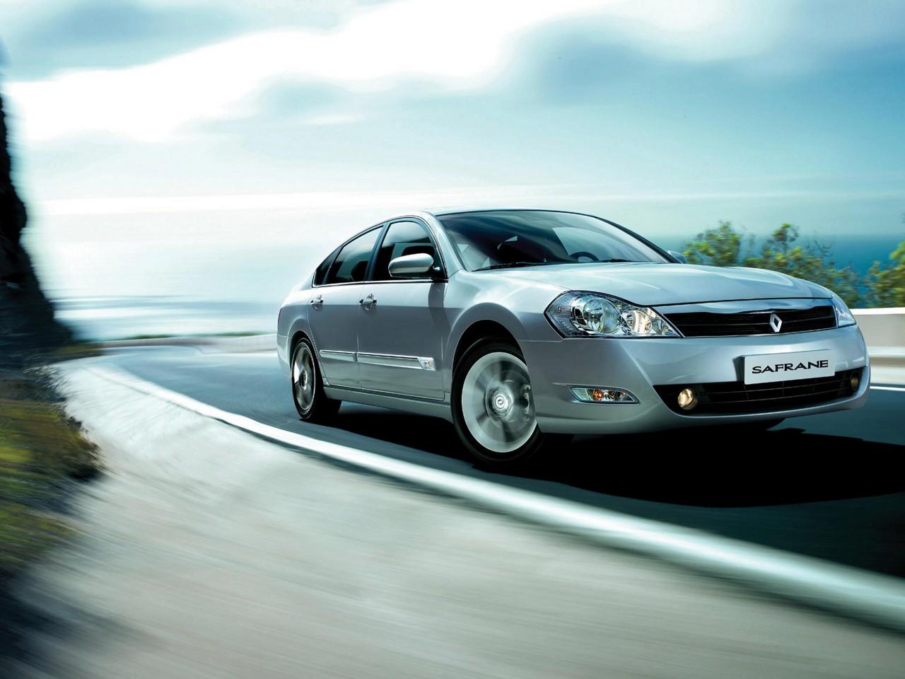 2009 Renault Safrane Motor Desktop