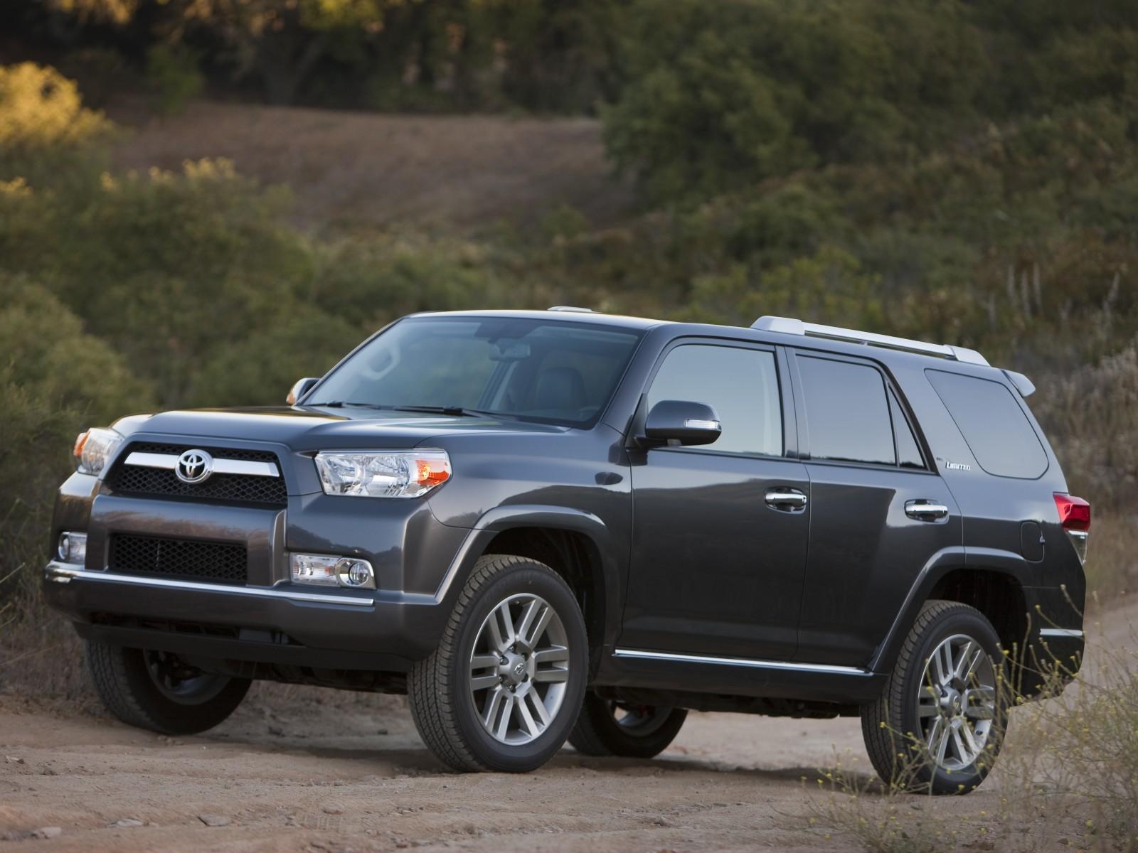 2010 Toyota 4Runner photo - 1