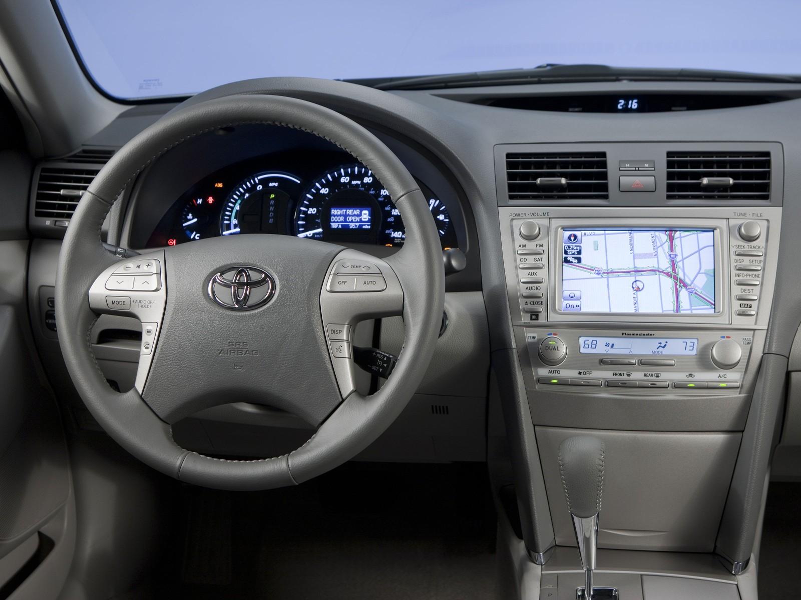 Toyota Camry Hybrid X on 2006 Hyundai Santa Fe Fuse Box