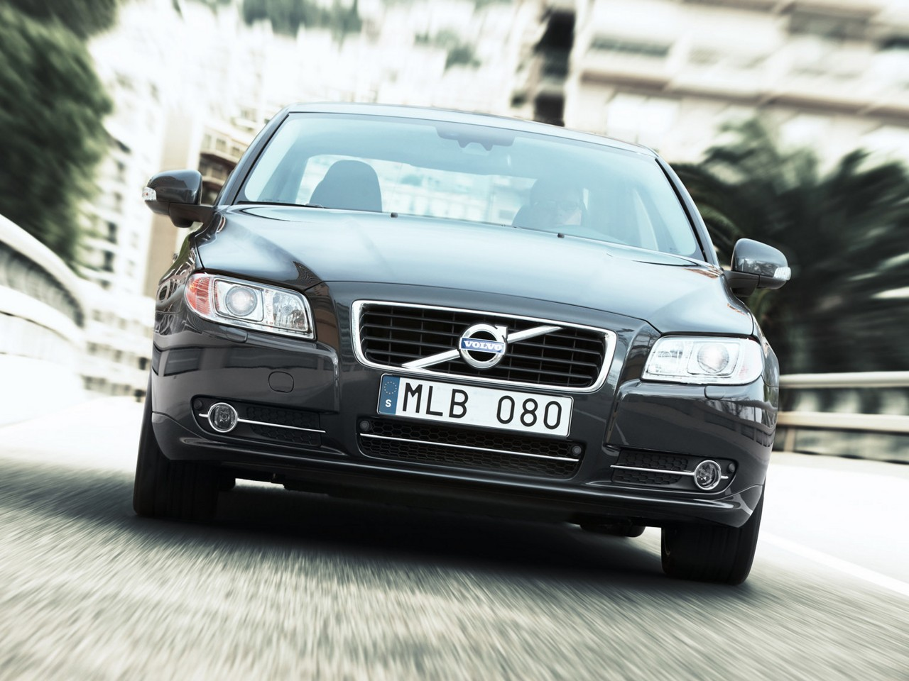 2010 Volvo S80 D5 AWD | Motor Desktop